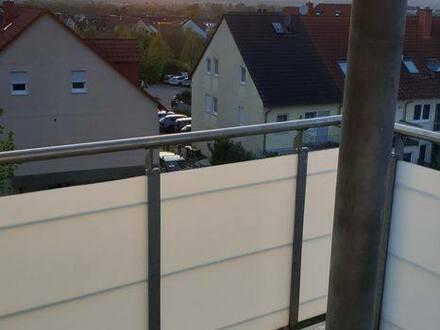 Frankfurt am Main - Stilvolle, modernisierte 3-Zimmer-Wohnung mit Balkon und EBK am Frankfurter Bogen!