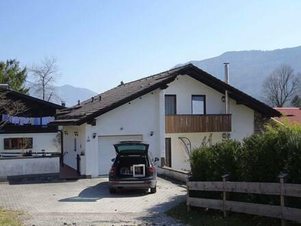 Schleching - Modernisiertes Einfamilienhaus mit sechs Zimmern in Schleching, Schleching