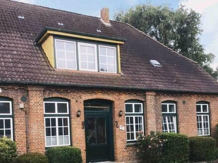 Dithmarschen - Wesselburen - Rendite Objekt, Bauernhaus, 5 Wohnungen, Mehrfamilienhaus