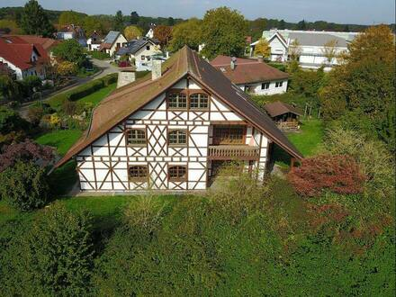 Achern-Großweier - Landhaus Villa in ruhiger Ortsrandslage zu verkaufen