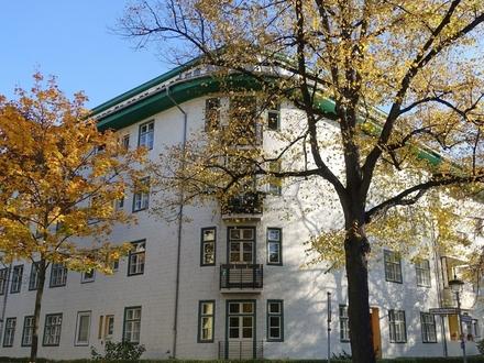 Berlin / Steglitz - vermietete Altbauwohnung mit Loggia