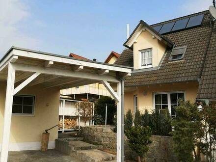 Heroldsbach - Top gepflegte Doppelhaushälfte