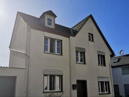 Oberzeuzheim - Schönes Einfamilienhaus mit drei Zimmern in Hadamar, Oberzeuzheim Nähe Limburg