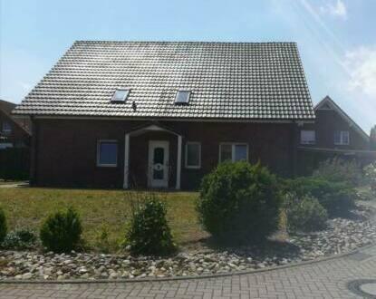 Holdorf - Zweifamilienhaus in Langenberg (Holdorf)
