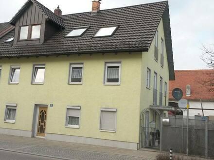 Aindling - Vollständig renovierte 3-Zimmer-Erdgeschosswohnung mit Einbauküche in Aindling