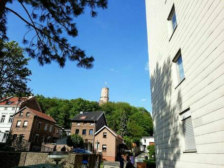 Bonn - Bad Godesberg - 2-Zimmer-Wohnung mit Balkon und Garage mit Blick auf Godesburg