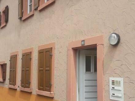 Worms - Charmantes Reihenhaus in Innenstadt (bzw. zwei Wohnungen)
