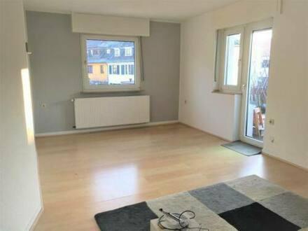 Köln - 2-Zimmerwohnung mit Balkon kurzfristig frei