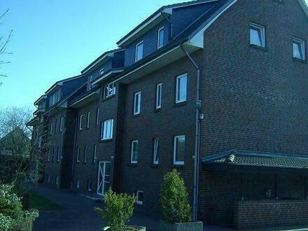 Itzehoe - ??3 Zimmer Wohnung 70 m² Loggia EBK Keller Stellplatz, Lägerdorf