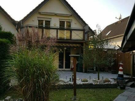Wülfrath - Große Doppelhaushälfte mit schönem Garten - Provisionsfrei