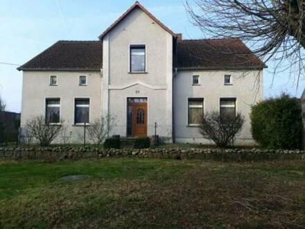 Battin ( Brüssow) - Haus mit großem Grundstück
