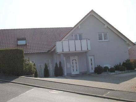 Nüdlingen - Sensationelle Gelegenheit! Schickes Eigenheim mit Garten und 2 Einliegerwohnungen!
