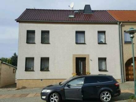 Müncheberg - Einfamilienhaus mit einer Doppelgarage in Müncheberg