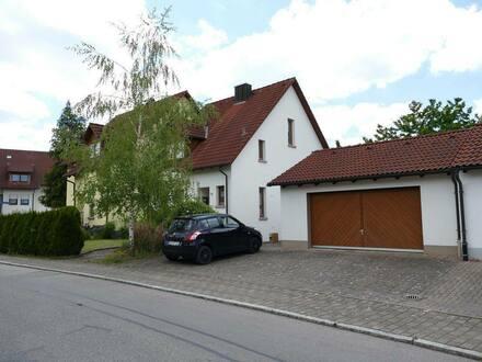 Brigachtal - Gepflegte Doppelhaushälfte 159 m² mit Doppelgarage in Brigachtal-Kirchdorf
