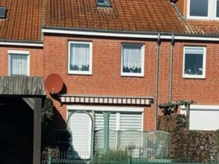Pritzwalk - EinfamilienhausReihenhaus -Bremer Ring Pritzwalk mit Treppenlift