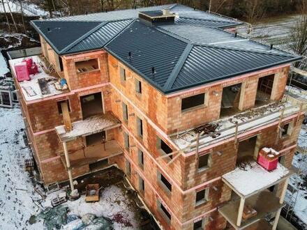 Kemnath - Tolles 2 Zimmer Penthouse** 30.000 EUR Zuschuss ** Anlage oder Selbsteinzug** Südausrichtung*360GRAD-TOUR