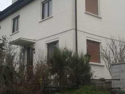 Albstadt - Schönes Haus mit viel Platz!! *Provisionsfrei*