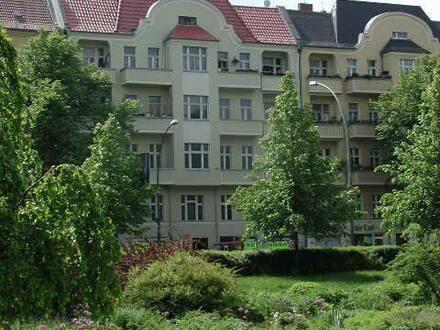 Berlin - Für kreative Architekten, Handwerker u. Bauherren, 2 Dachgeschossrohlinge zum Ausbauen zu verkaufen