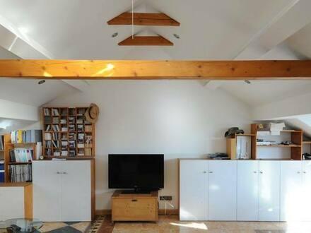 Fürth - 2,5 Zimmer Dachgeschosswohnung mit Balkon, Mediterran stil