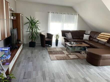Büdingen - Stilvolle, sanierte 4-Zimmer-Wohnung mit Balkon und EBK in Büdingen