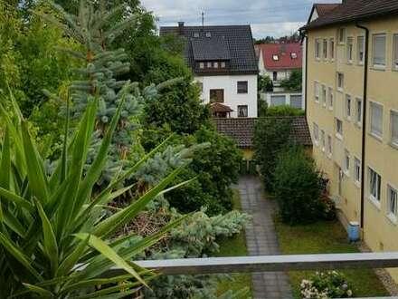 Ludwigsburg - Schöne drei Zimmer Wohnung in Ludwigsburg Ossweil Toplage Hausmeisterservice 100%