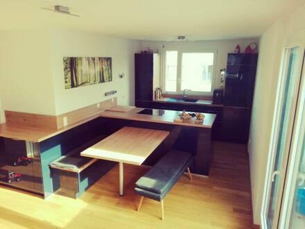 Böblingen - Zentrale neuwertige Penthousewohnung
