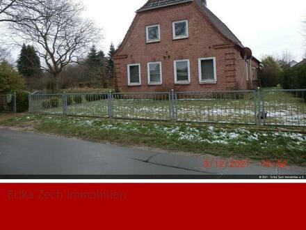 Schafstedt - Bauernhaus u.a. mit 4000 Tannen in 25725 Schafstedt