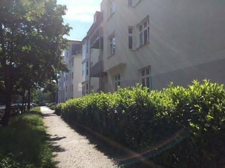 Berlin - Schöne, geräumige drei Zimmer Wohnung in Berlin, Karlshorst (Lichtenberg)