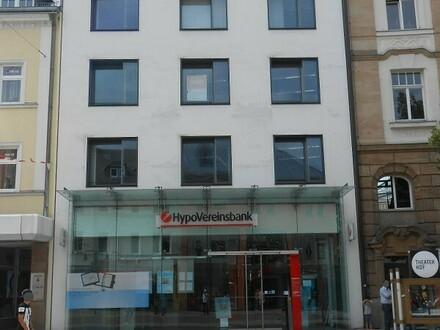Hof - 162 m² - Ihr Modernes Büro in der Altstadt - Provisionsfrei!