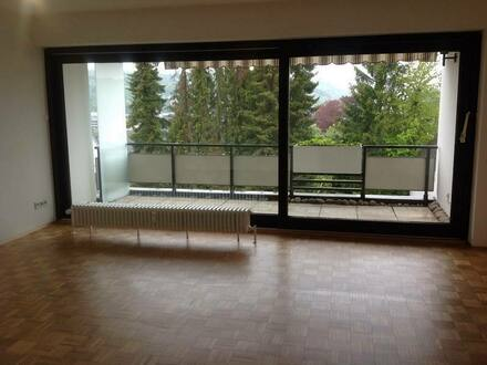 Siegen - Schöne, helle 3 ZKB, komplett renoviert ab 1.6., Siegen