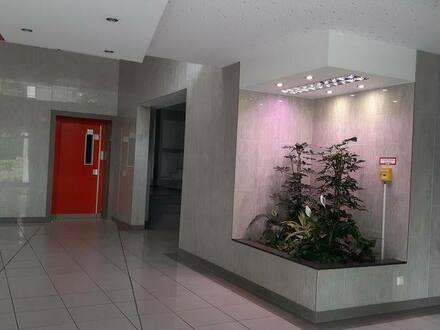 Köln - Provisionsfreie, stilvolle 3-Zimmer Wohnung als KAPITALANLAGE in Köln zu verkaufen.
