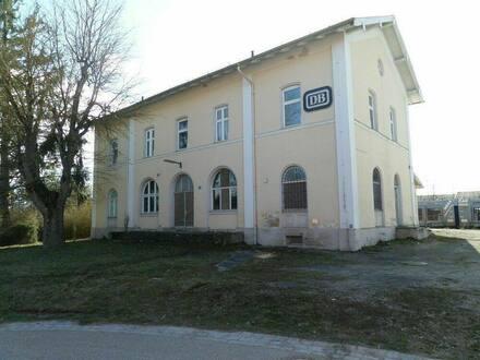Lehrberg - Haus zum Wohnen und Arbeiten mit 1500 M² Grundstück