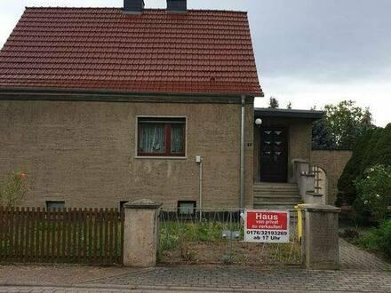 Landsberg (Saalekreis) - Einfamilienhaus Grundstück Baugrundstück Garage Nebengelass