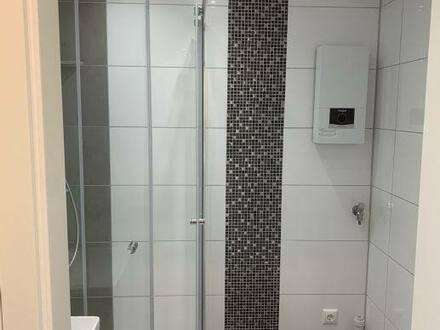 Fürth (Nordstadt) - Provisionsfreie neu renovierte und neu möblierte Wohnung mit Balkon zu verkaufen