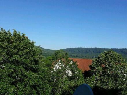 Schwäbisch Hall - Helle Südwestbalkon 3 Zimmer DG Wohnung in Teurershof von Privat