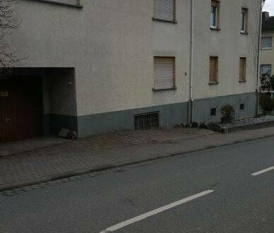 Holzheim - Großzügiges Wohnen mit Terrasse und Garten - 10 Zi. auf 3 Ebene in Holzheim