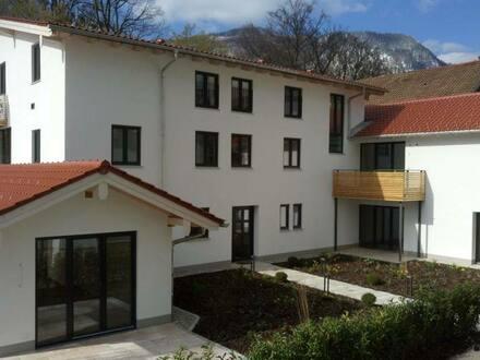 Bad Reichenhall - Exklusive 3-Zimmer-Wohnug, perfekt gelegen zwischen Fußgängerzone und Ortenaupark