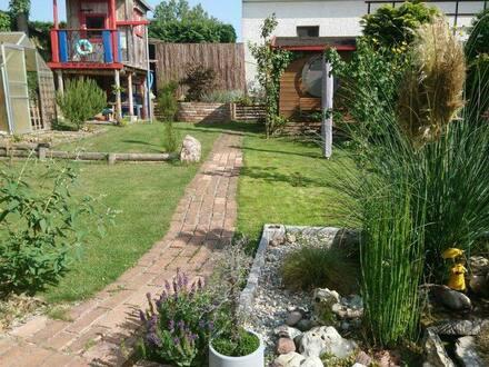 Diedorf - Doppelhaushälfte mit traumhaften Garten in Diedorf