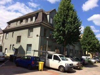 Esslingen - Großzügige 6-Zimmer-Wohnung mit Dachterrasse in Esslingen