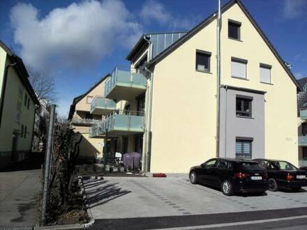 Leonberg - Diese Wohnung wird Ihnen gefallen! Balkon im 2. OG 4-Raum-Maisonette-Wohnung