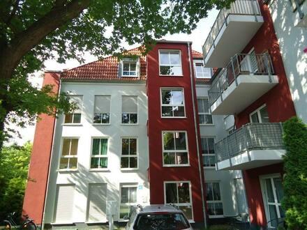 Naumburg (Saale) - Single-Wohnung mit offner Küche und Balkon