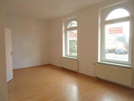 Naumburg (Saale) - große 2-Raum-Wohnung im Erdgeschoss