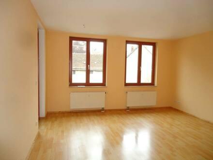 Naumburg (Saale) - 2-Zimmer-Wohnung mit Loggia