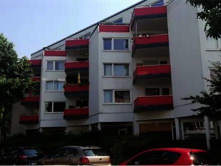 Bremen - Gepflegte 3-Raum-Wohnung mit Terrasse in Bremen