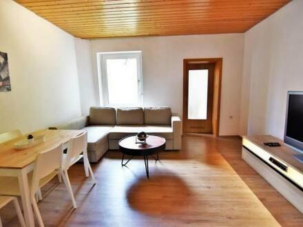 Bergisch Gladbach - 4 Parteienhaus Wohn- & Geschäftshaus im Zentrum mit sicheren X-Faktor-21, gute Lage mit guter Rendit