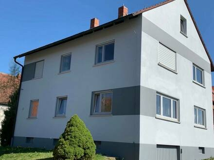 Roßtal - Gepflegtes provisionsfreies Mehrfamilienhaus in Roßtal Neuses