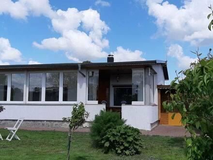 Nordwestuckermark - Kleines Haus mit Seeblick am Unteruckersee