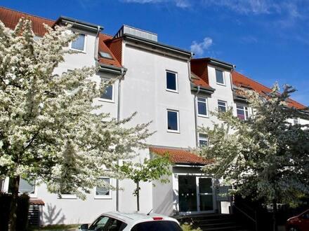 Neubrandenburg - HORN IMMOBILIEN ++ Neubrandenburg Lindenberg vermietete 2-Raum Dachgeschosswohnung