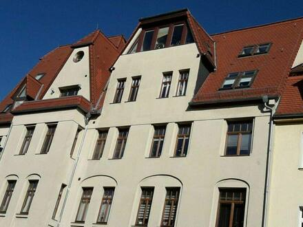 Halle - Einzigartige Dachgeschoss-ETW in Halle (Saale), provisionsfrei