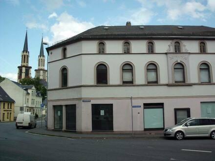 Oelsnitz / Vogtland - Wohn- und Geschäftshaus Oelsnitz Vogtland